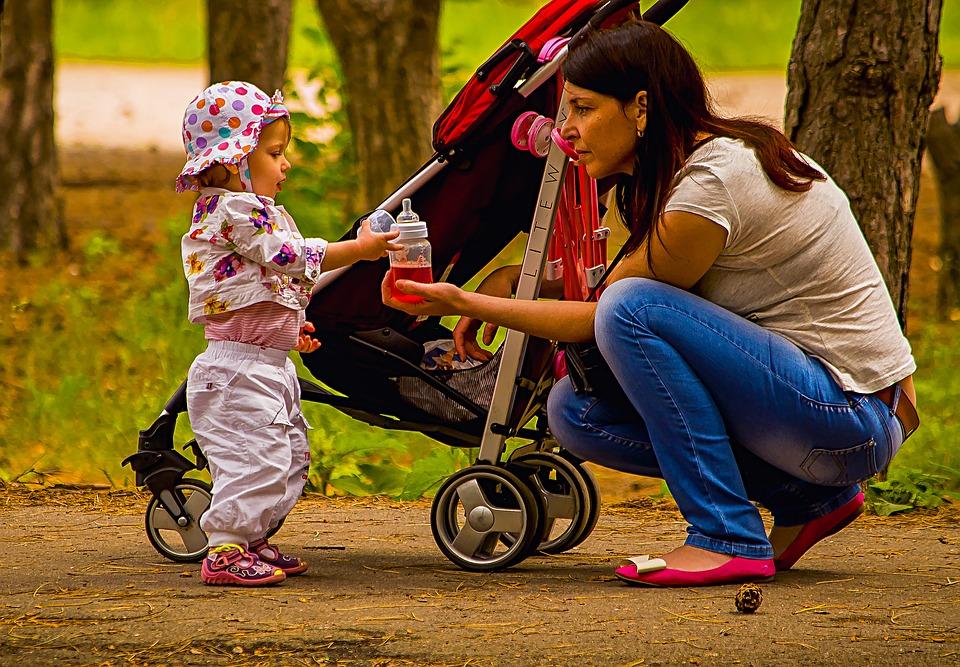 Poussette, siège auto : tout le matériel pour promener bébé est sur Natal Discount